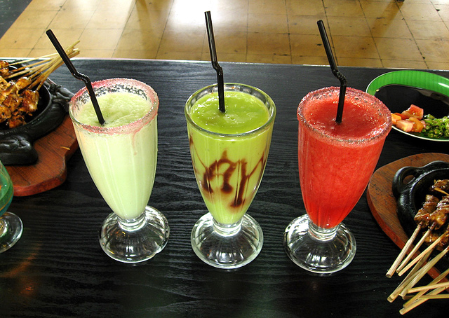 The avocado shake in Bali is a good way to detox while in Bali