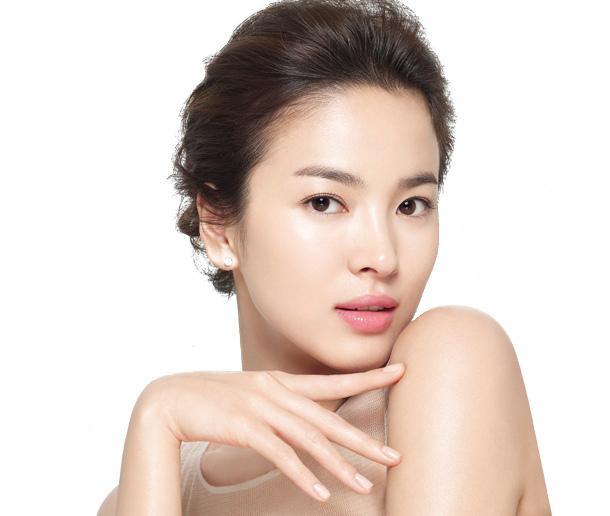 Dewy and porcelain-like skin is a huge beauty trend in Korea