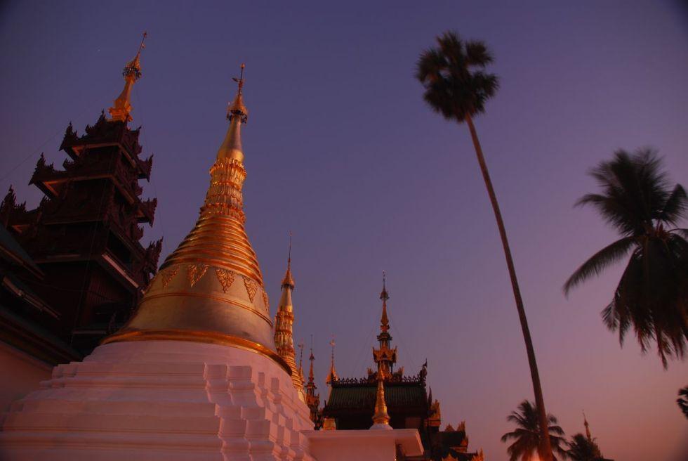 Myanmar, Yangon City: Shwedagon Pagoda