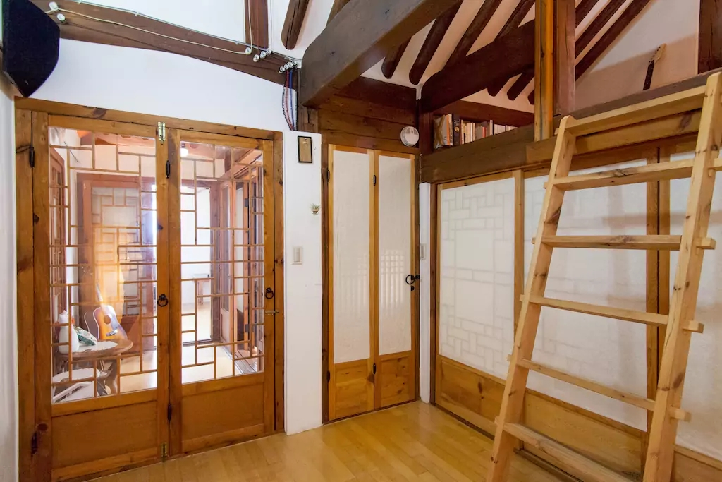 BEDROOM: Get a glimpse of traditional Korean lifestyle