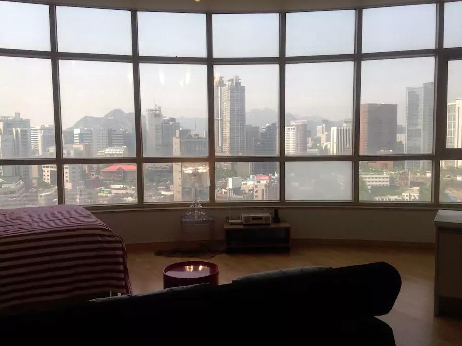 VIEW: Seoul City skyline (image via J)