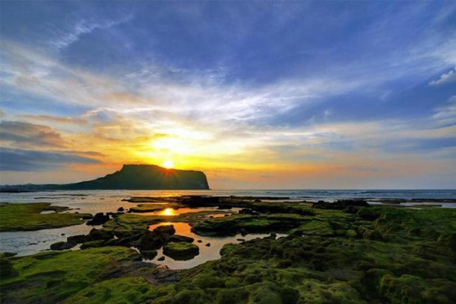 Jeju Island: Seongsan Ichulbong Peak
