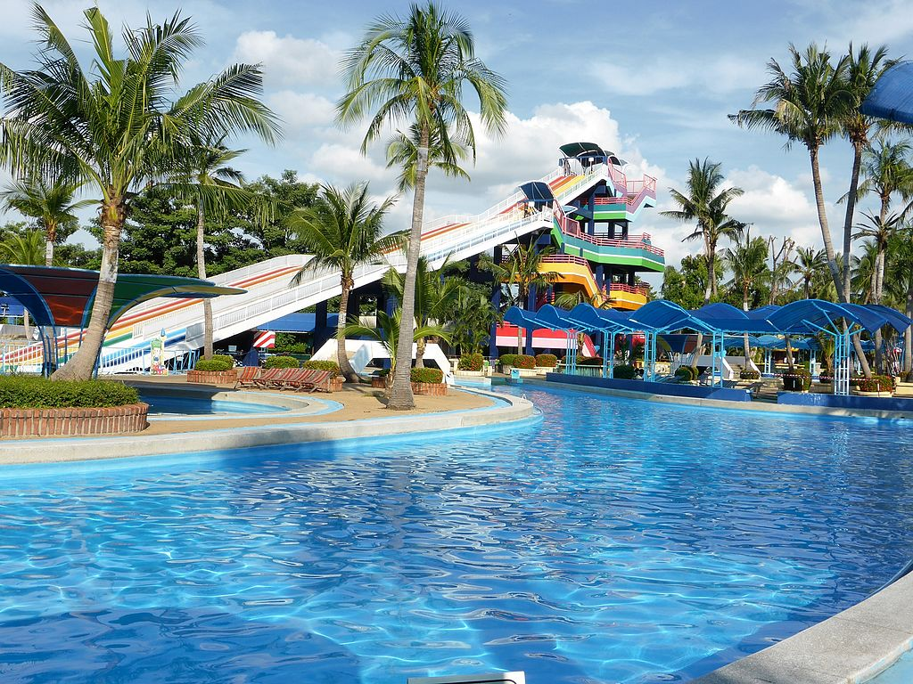 Bangkok, Thailand: Siam Park City Pool