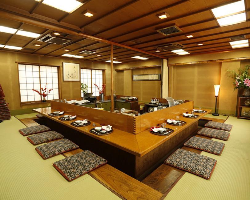 Tokyo Restaurants: Akasaka Hanamura
