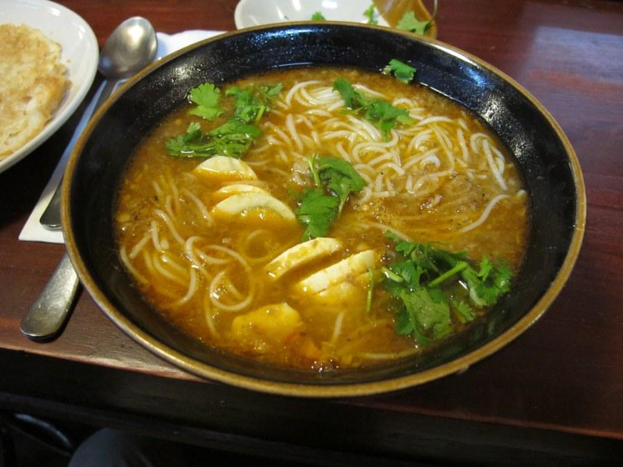 Southeast Asian Food: Burma's Mohinga